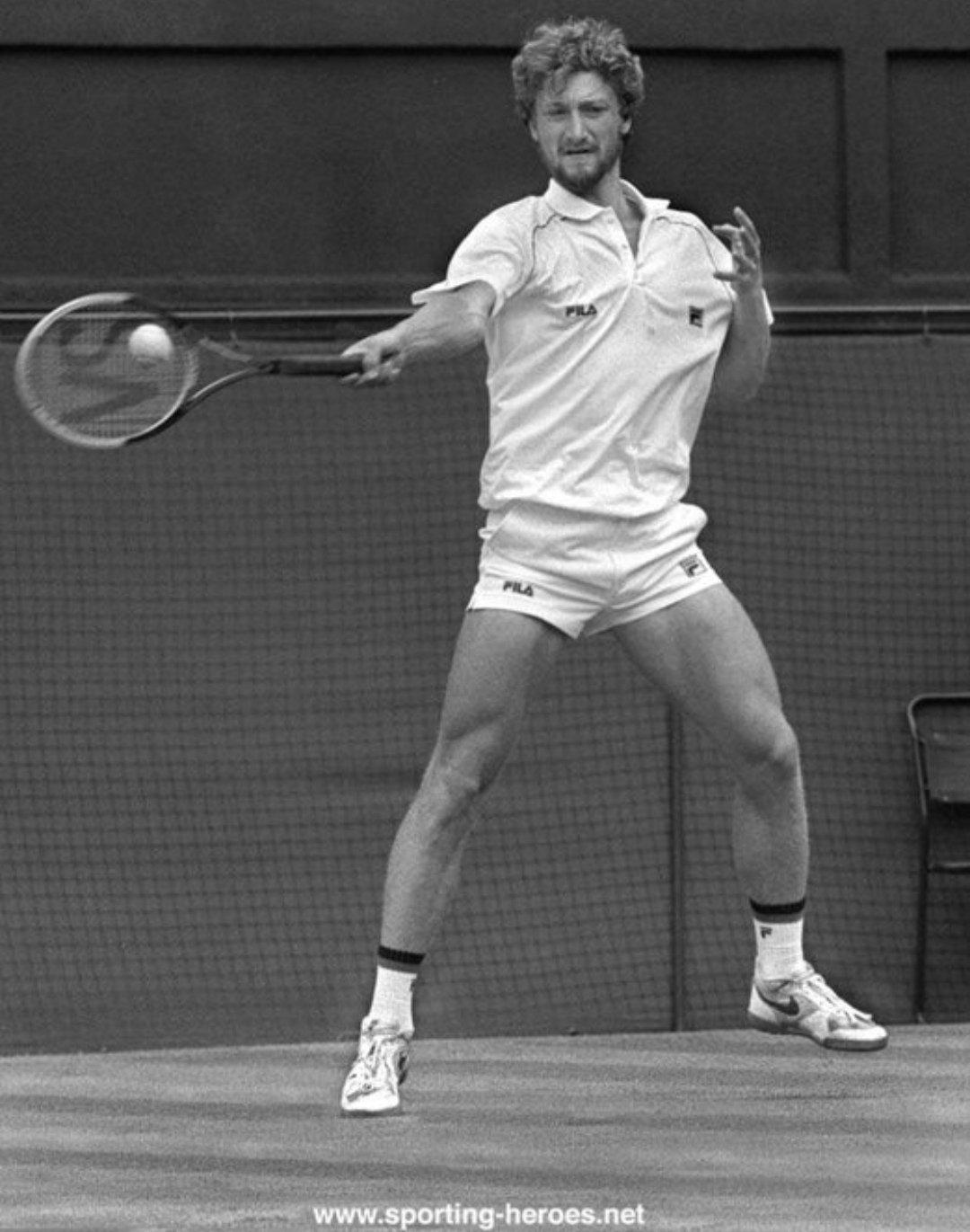 Che cos'è Storie di Tennis?
